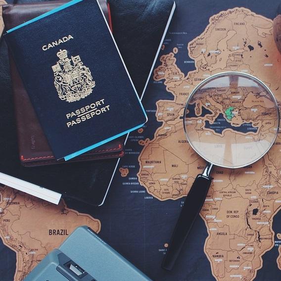 Dokumenty, podróże