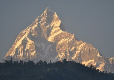 Jak zobaczyć Himalaje w Nepalu nie męcząc się trekkingiem?