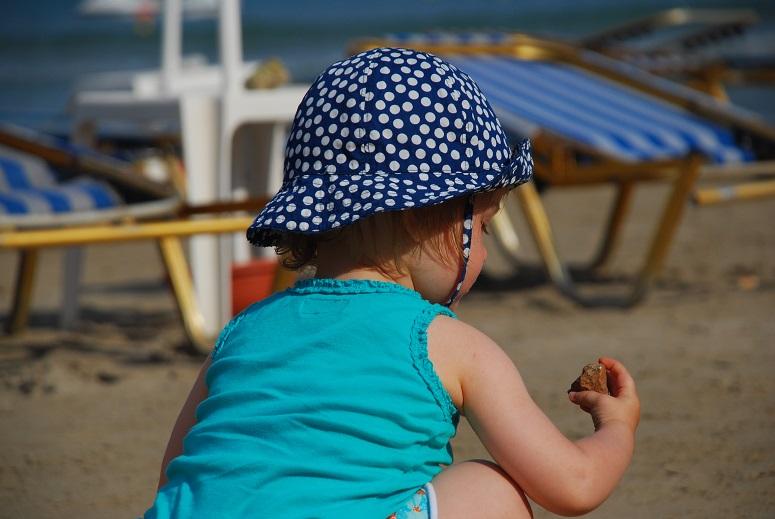 Dziecko, plaża, wakacje