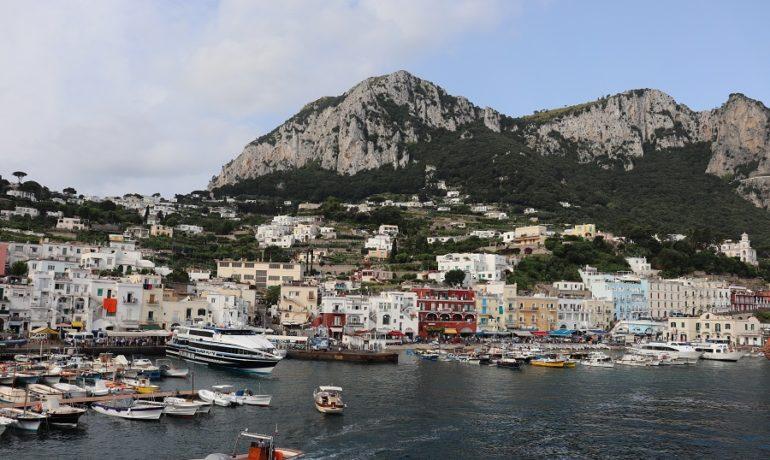 Capri – co warto zobaczyć i jakie pamiątki można przywieźć z tej ekskluzywnej wyspy celebrytów?