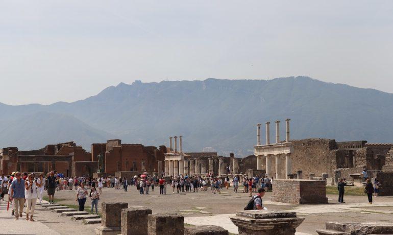 Pompeje - co zwiedzać, co warto wiedzieć?