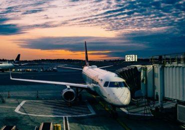 Pierwszy lot samolotem - co i jak, czyli co powinniście wiedzieć
