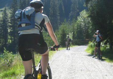 Wycieczka rowerowa - jak się przygotować i co zabrać?