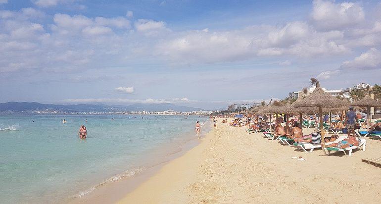 Majorka to jeden z najlepszych kierunków na wakacje z dziećmi