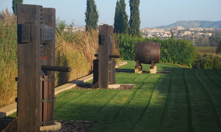 Podróże szlakiem wina - enoturystyka na urlopie