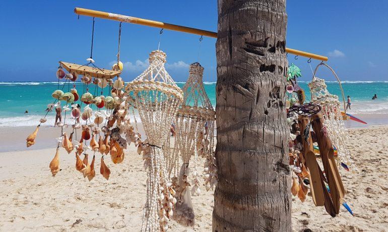 Pamiątki z wakacji - czego nie można przewozić?