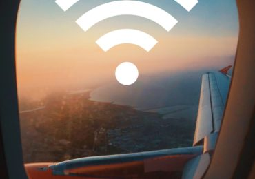 Czy można używać telefonu w samolocie?
