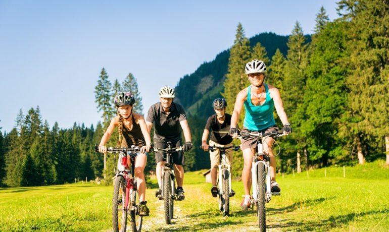 Urlop kołem się toczy, czyli jak przygotować się do rowerowej wyprawy