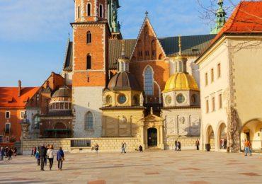 Jak Polacy podróżują po Polsce?