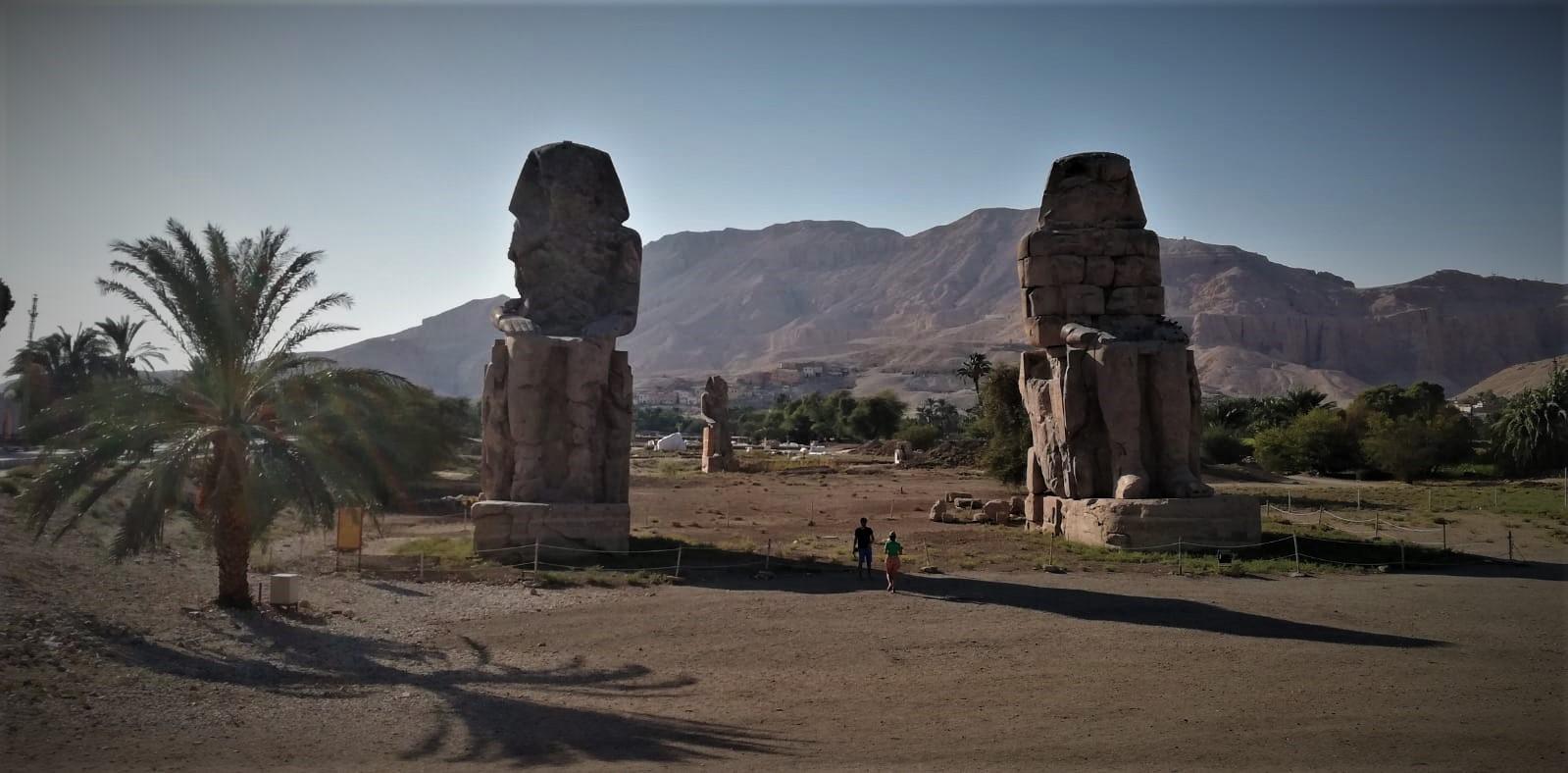Egipt, Kolosy Memnona