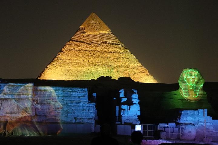 Egipt, piramidy, świetlny pokaz