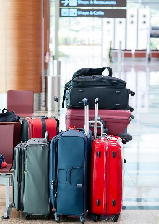 walizki, podróż, lotnisko