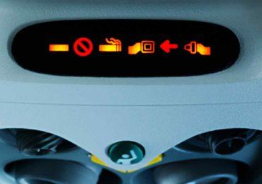 Czy w samolocie można palić?