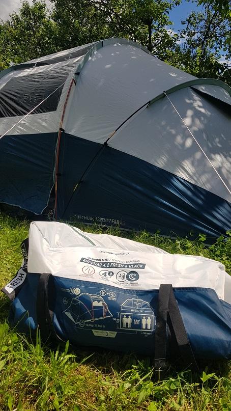 Namiot, wygodny w transporcie