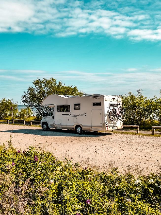 Podróże kamperem, parking
