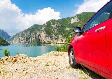 Co warto wiedzieć jadąc autem na urlop za granicę?