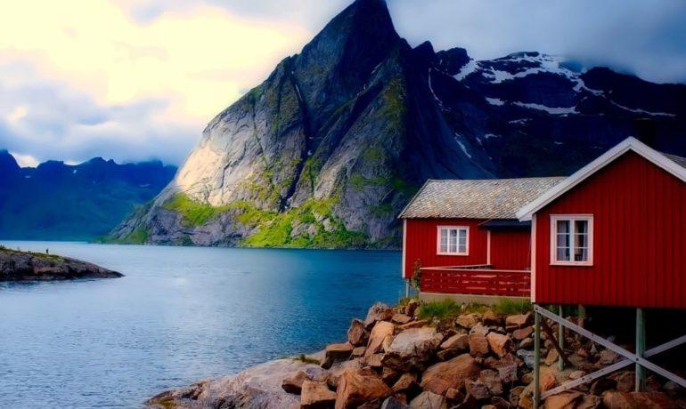 Bezpieczna i tania podróż do Norwegii. Dowiedz się, jak ją zorganizować