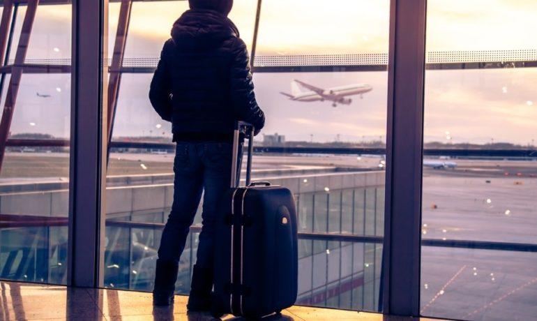 Kwarantanna po powrocie z zagranicy - kiedy? Jak uniknąć?