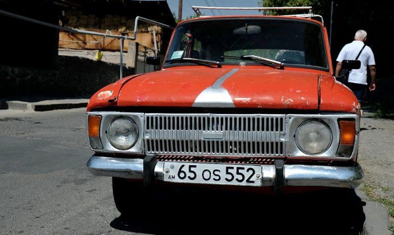 Armenia, zabytkowe auto