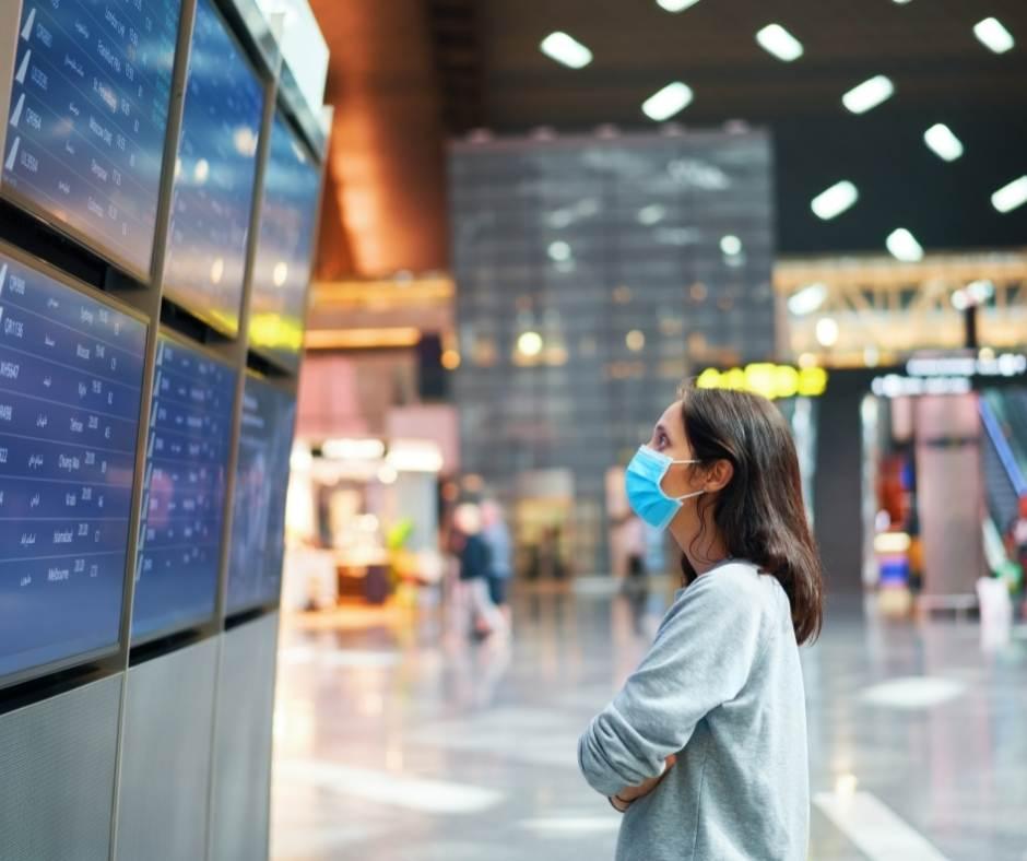 Lotnisko, noszenie maseczek,